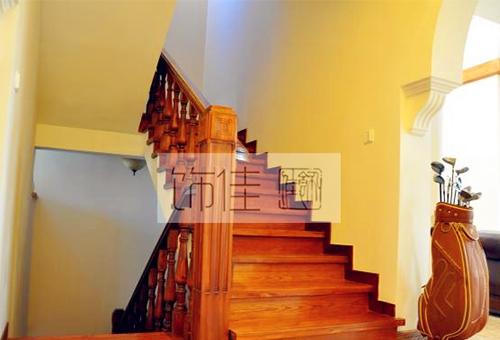 威海实木楼梯