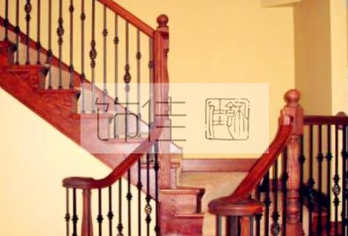 威海铁艺楼梯